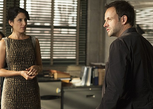 Elementary-Episode-8-The-Long-Fuse-5