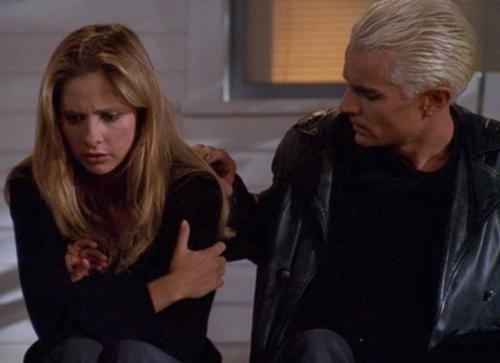 500px-0101buffy-spike-fool-for-love-james-marsters-sarah-michelle-gellar